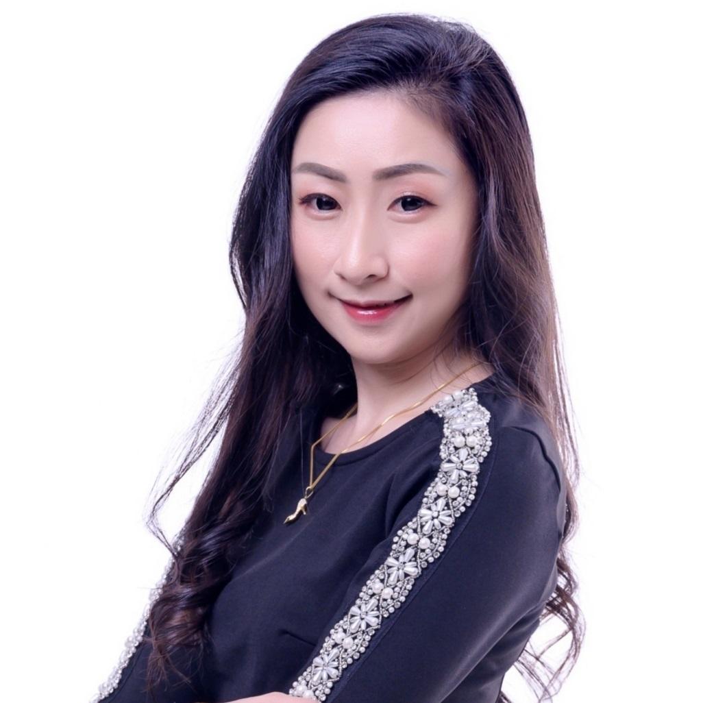 Joyce Chin
